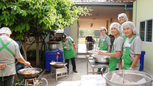 Baan Nong Chum Phol School 10-03-17 (36)