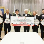 Ajinomoto Foundation Directors supported the standard lunch trays